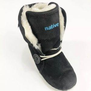 Native Luna Black Faux Fur winter boots